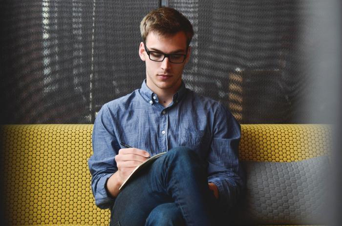 Imagen libre de derechos 'Empresario inico la puesta en marcha hombre' de de StartupStockPhotos en Pixabey